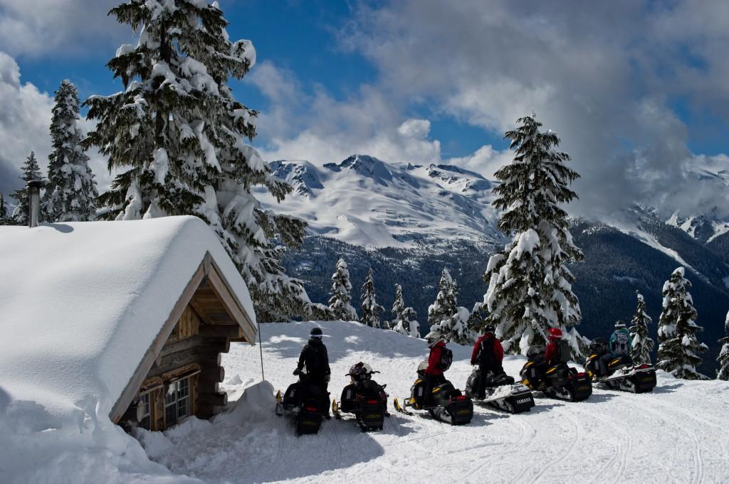 Yukon breakfast snowmobile tour at sproatt cabin for Cabine in whistler